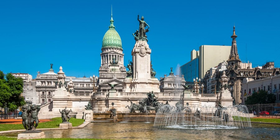 2500x1250_┬®javarman_Shutterstock_Buenos-Aires_City-tour_National-Congress-Building.jpg